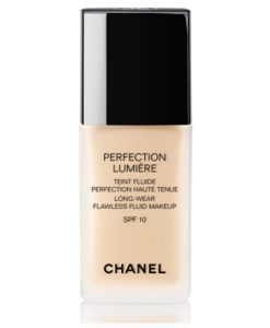 kem-nen-Chanel-Perfection-Lumiere-Long-Wear-Flawless-Fluid-Makeup-SPF10