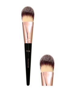 co-nen-vacosi-foundation-brush-f06